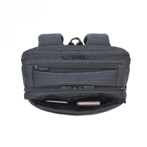 RC-8365-B Riva Case 8365 carry-on cestovní batoh na notebook 17.3 ... 26c727b78a